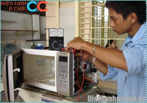 Sửa lò vi sóng quận 4
