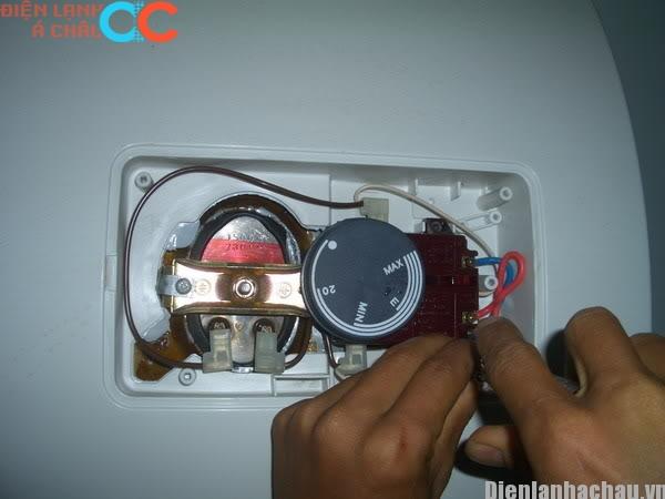 Cách điều chỉnh nhiệt độ bình nước nóng tiết kiệm điện