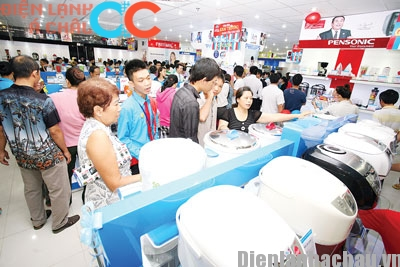 mừng 2/9 siêu thị giảm giá đến 50%